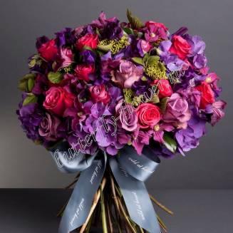 "Premium bouquet of hydrangea, roses, clematis and eustoma ""Rio de Janeiro"""