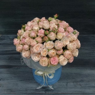 "Bouquet of 25 cream peony roses in a designer box ""Charm of tenderness"""
