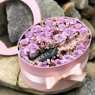 "Bouquet of 25 lilac roses, waxflower and premium champagne (as a gift) in design box ""Only Best"""
