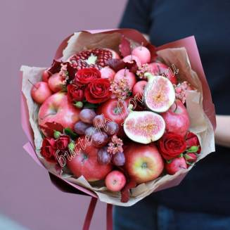 "Food bouquet of spray roses and fruits ""Apple day"""