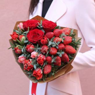 "Food bouquet of roses, tulips and strawberries ""Spring Valentine"""