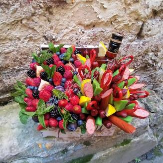 "Food meat bouquet of sausage, cheese, berries and alcohol in decorative box ""For Man No.959"""