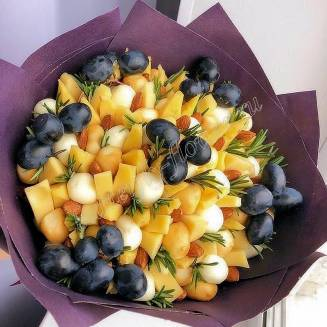 "Food bouquet of cheese, nuts and grapes ""For Man No.963"""