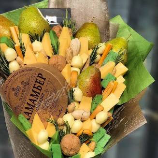 "Food bouquet of cheese, pears and nutse ""For Man No.964"""