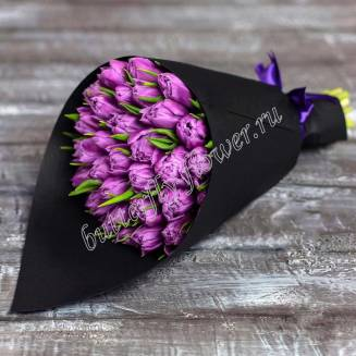Bouquet of 29 purple tulips in black craft