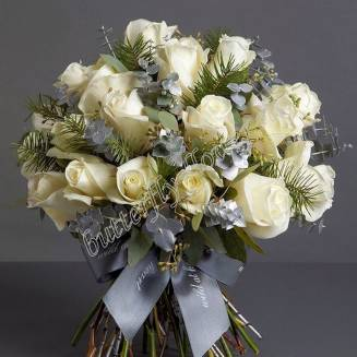 "Bouquet of 35 white roses and eucalyptus ""Snow January"""