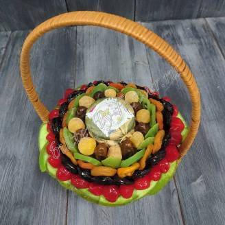 "Bouquet of dried fruits and confiture in a basket ""Kaleidoscope"""
