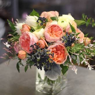 """Bouquet of peony roses and ranunculus """"Promise"""""""