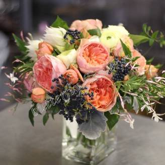 "Bouquet of peony roses and ranunculus ""Promise"""