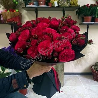 "Bouquet of 27 red peony roses Red Piano in black craft ""Passionate Kiss"""