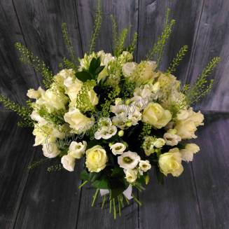 """Bouquet of roses and eustoma """"White Dance"""""""