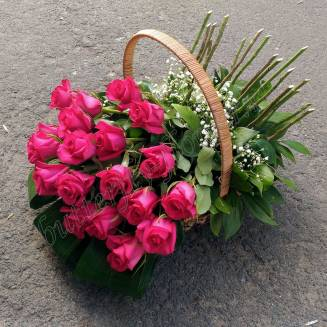 "Basket with 19 pink roses ""Brightest"""
