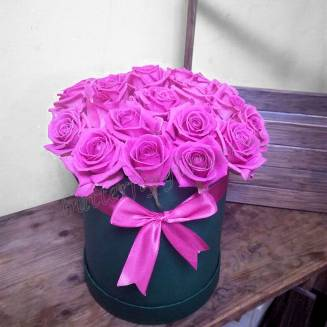 """Bouquet of roses in a designer box """"Pink souffle"""""""