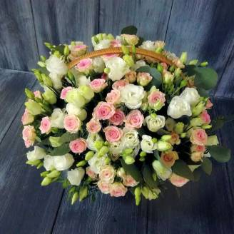 "Basket of eustoma, spray roses and eucalyptus ""Gentle angel"""