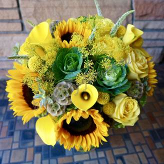 "Bouquet of sunflowers, roses and callas ""Fresh"""
