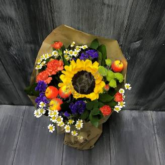 "Bouquet with a sunflower and Matricaria ""Still life"""