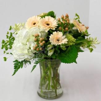 "Bouquet of gerberas, hypericum and hydrangea ""Ice Cream"""