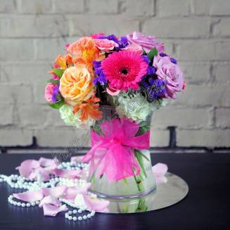 """Bouquet with a peony rose, lilac rose, alstroemeria and the statues """"Tales of Scheherazade"""""""