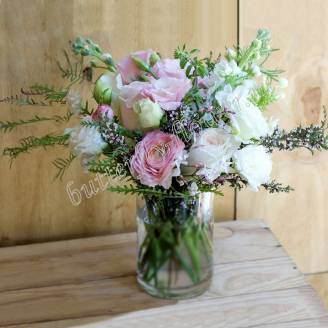 "Bouquet of roses, ranunculus and eustoma ""Bohema"""