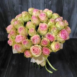 "Bouquet of creamy pink roses ""Esperance"""
