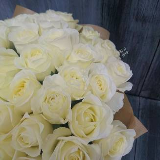 "Bouquet of 55 white Russian roses 60cm ""Avalanche-55"""