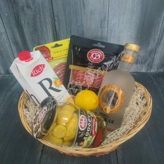"Gift basket with sausage, lemon, juice, pickled vegetables and alcohol (Vodka Tsarskaya) as a gift ""Male Conversation"""
