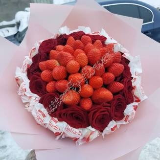 "Food bouquet of strawberries, red roses and candies ""Inspiration"""
