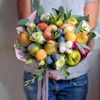 "Food bouquet of fruits and roses ""Summer Mix"""