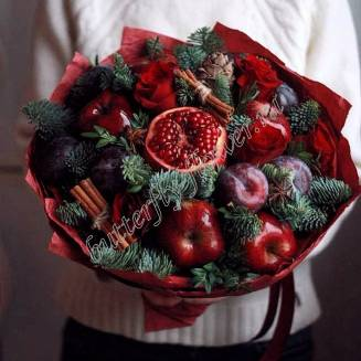 """Food bouquet of fruits, red roses, Nobilis and cinnamon """"Berry No.646"""""""