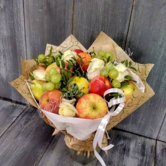 "Food bouquet of berries, fruits and white roses ""Chardonnay"""