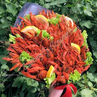 """Bouquet of 2kg of crayfish, lemon and herbs in the craft """"Delicious No.708"""""""