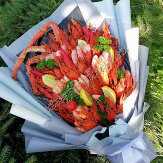 """Bouquet of crayfish, shrimp, claw crab and vegetables """"Delicious No.717"""""""