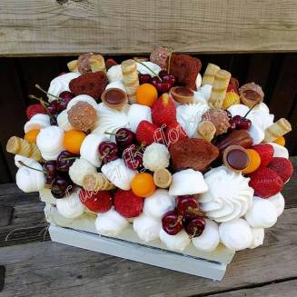 "Food bouquet of sweets, berries, sweets and cookies in a wooden box ""Sweet No.802"""