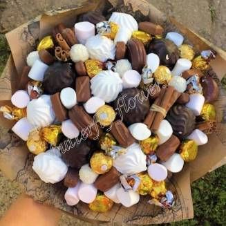 """Food bouquet of sweets and sweets """"Sweet No.820"""""""