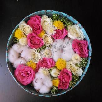 "Bouquet of roses, chrysanthemums and cotton in decorative box ""Cotton Candy"""