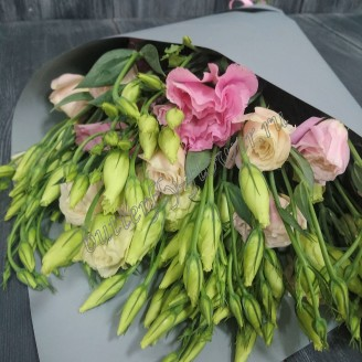 "Bouquet of pink eustoma (lisianthus) ""Pink Cloud"""