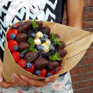 "Food bouquet of strawberries, berries in chocolate, blueberries, blackberries and sweets ""Berry No.619"""