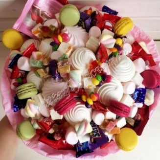"""Food bouquet of sweets, chocolate, sweets and  macaroon """"Sweet No.817"""""""