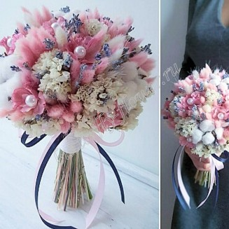 "Bouquet of dried flowers - lagurus, stabilized hydrangea, lavender, statice and cotton ""Powdery Prism"""